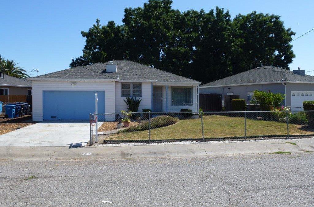 152 Verbena Drive, E. Palo Alto, CA 94303